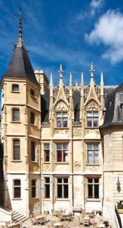 Rouen 2014 : Pathologie cornéenne de l'enfant; troubles oculomoteurs du myope